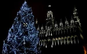 Thumbnail for Must See Christmas Spots in Brussels
