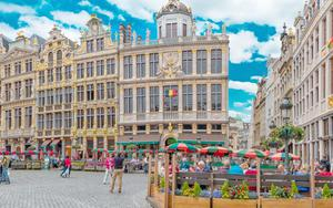 Thumbnail for Treat Yourself with Bargain Shopping in Brussels